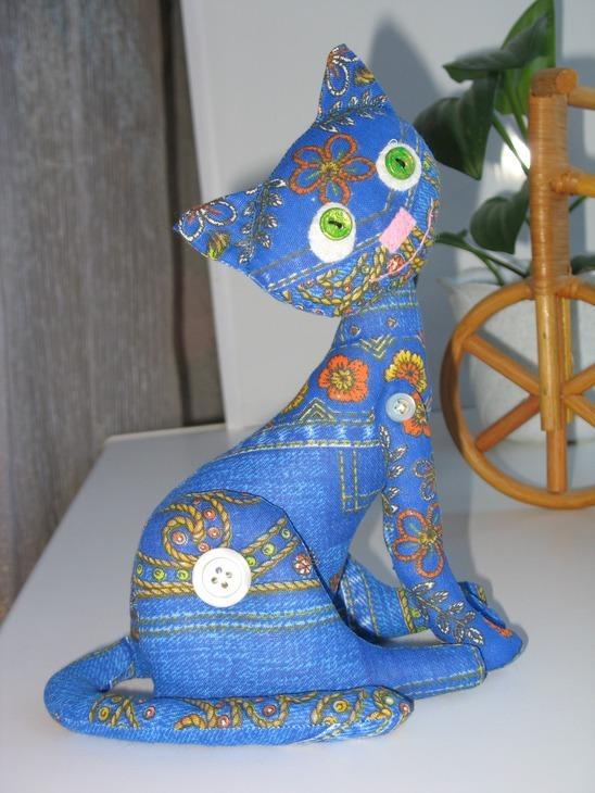 Игрушка «кошка у окошка». Мастер- класс по пошиву